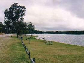 Storm King Dam - Accommodation Melbourne