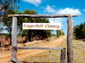 Copperfield Store and Chimney - Accommodation Melbourne