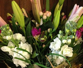Alpine Blooms Florist Mansfield - Accommodation Melbourne