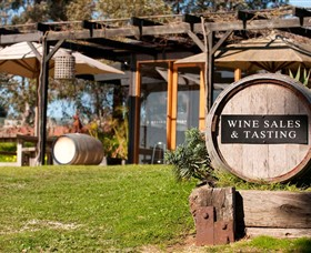 Saint Regis Winery Food  Wine Bar - Accommodation Melbourne