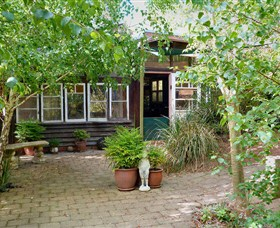 Gumnut Hideaway Gallery - Accommodation Melbourne