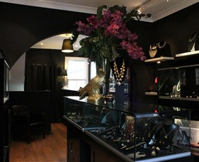 Pierre Winter Fine Jewels - Accommodation Melbourne