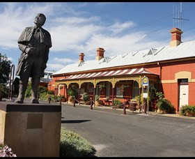 Forbes Railway Arts and Visitor Information Centre - Accommodation Melbourne