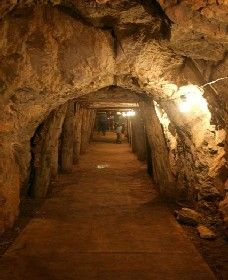 Wellington Caves and Phosphate Mine - Accommodation Melbourne
