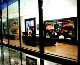 National Art Glass Collection - Accommodation Melbourne