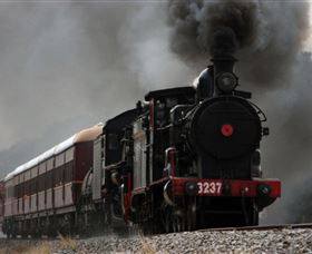 Lachlan Valley Railway - Accommodation Melbourne