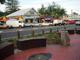 Maleny Handicraft Markets - Accommodation Melbourne