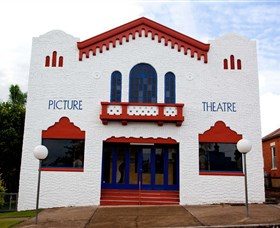 Dungog James Theatre - Accommodation Melbourne