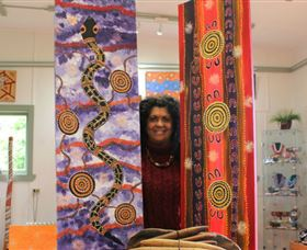 Apma Creations Aboriginal Art Gallery and Gift shop - Accommodation Melbourne