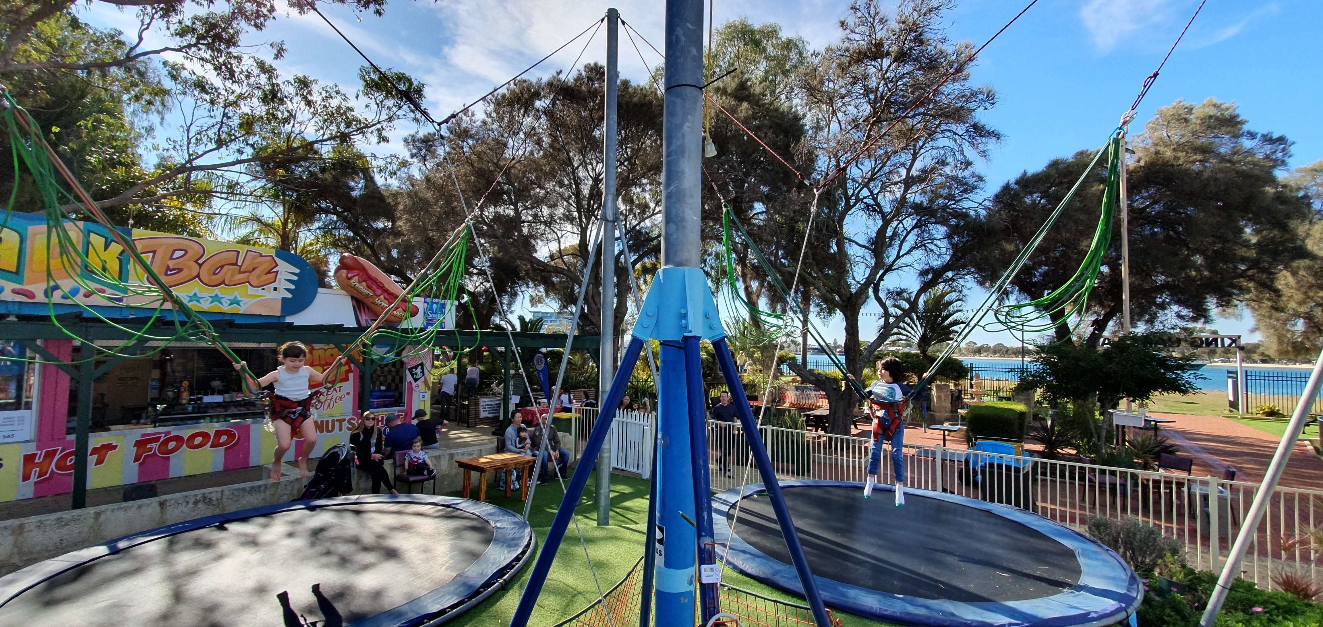 King Carnival with Mini Golf - Accommodation Melbourne