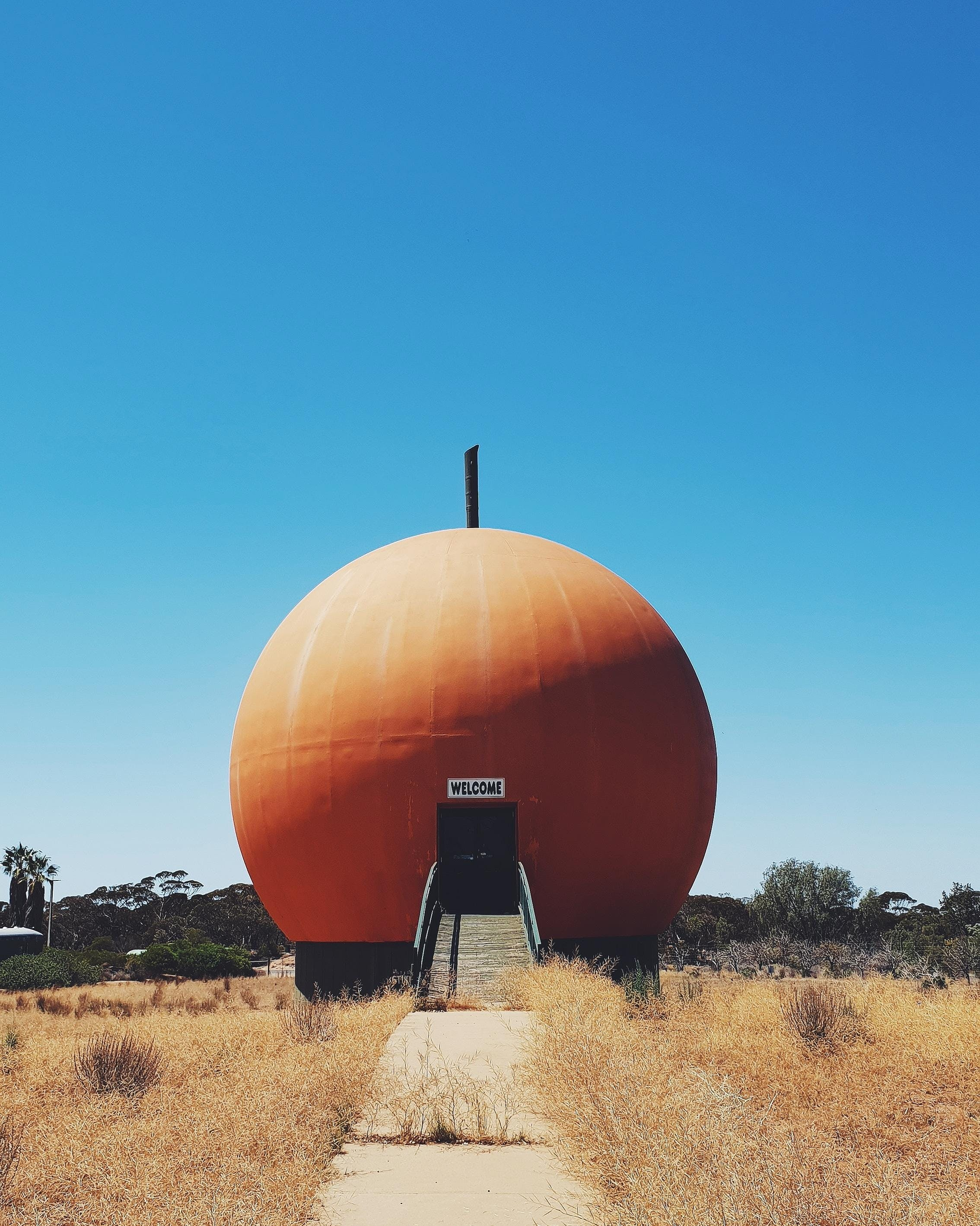 The Big Orange - Accommodation Melbourne