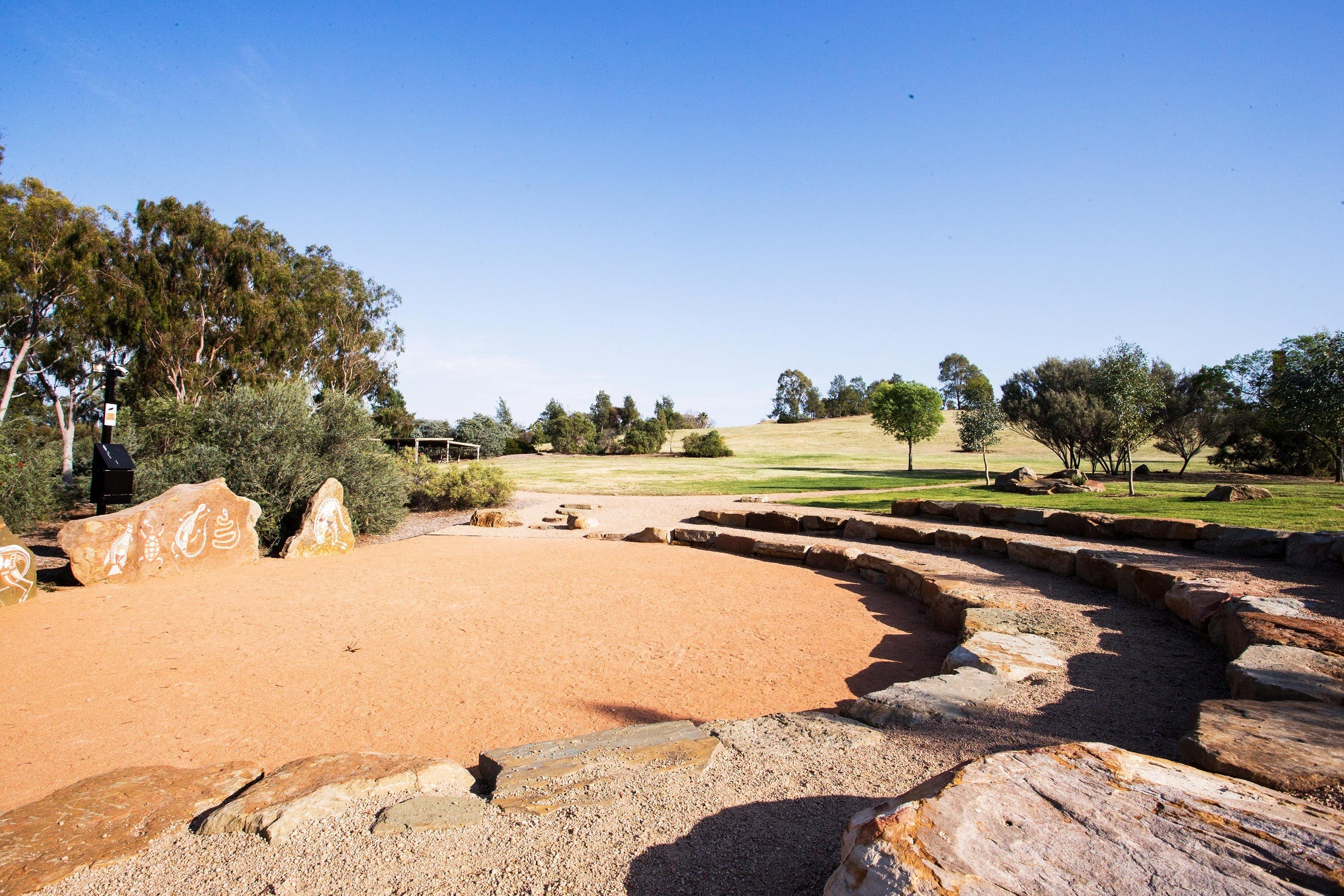 Wiradjuri Amphitheatre - Accommodation Melbourne