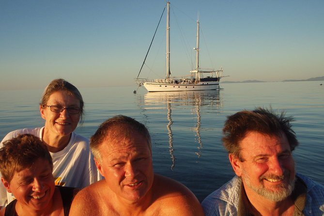 Great Barrier Reef Luxury Expedition Cruise cabin booking 7 days 6 night - Accommodation Melbourne