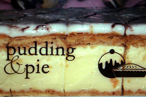 Pudding and Pie - Accommodation Melbourne