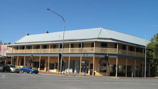 Colac Hotel - Accommodation Melbourne