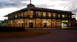 The Grand Terminus Hotel - Accommodation Melbourne