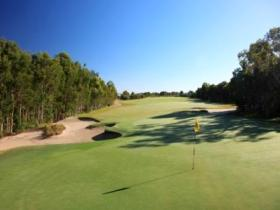 Pelican Waters Golf Club - Accommodation Melbourne
