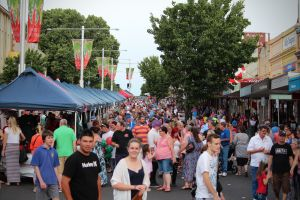 Cowra Christmas Street Festival - Accommodation Melbourne
