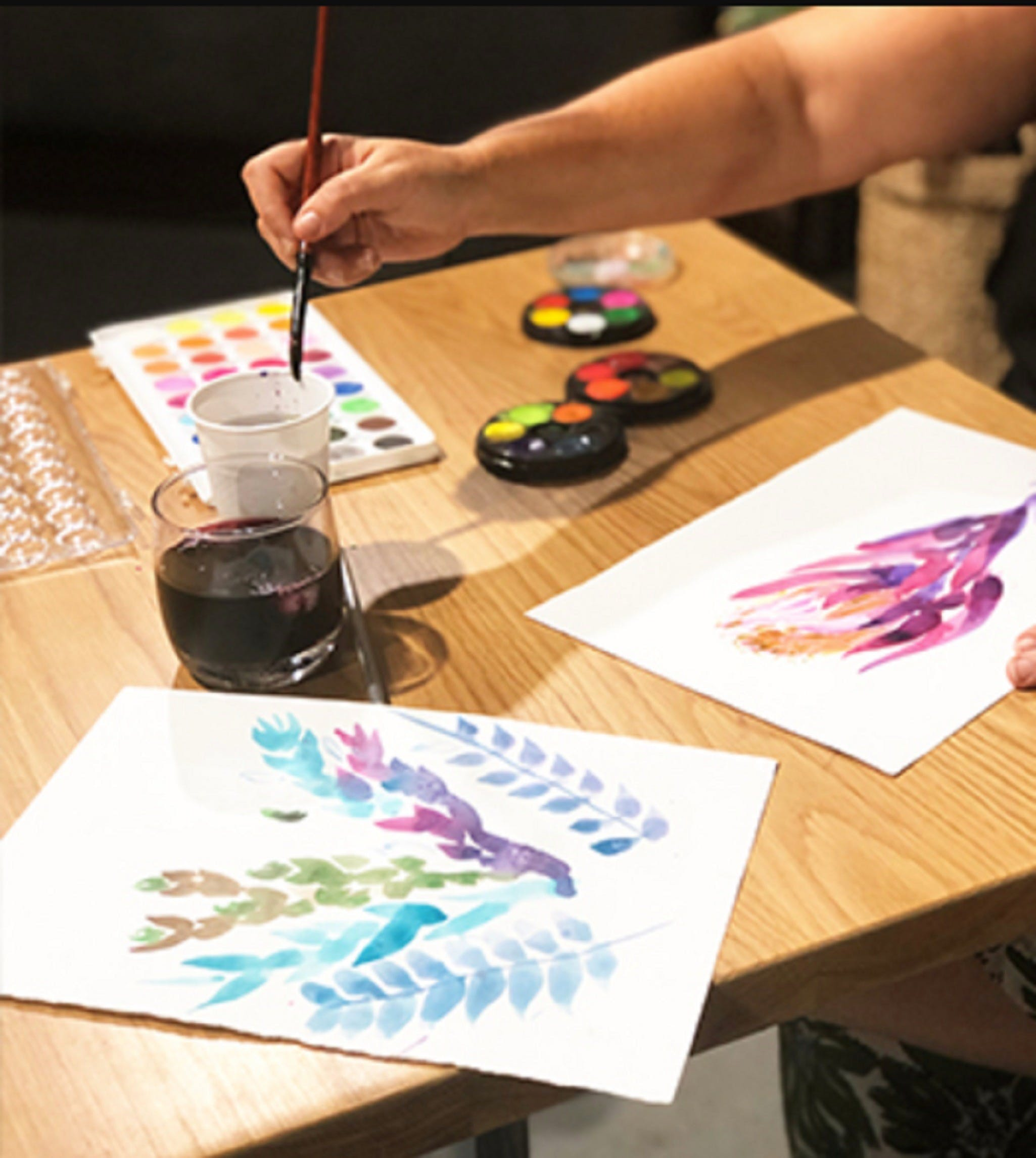Paint and Sip Class Watercolour and Wine - Accommodation Melbourne