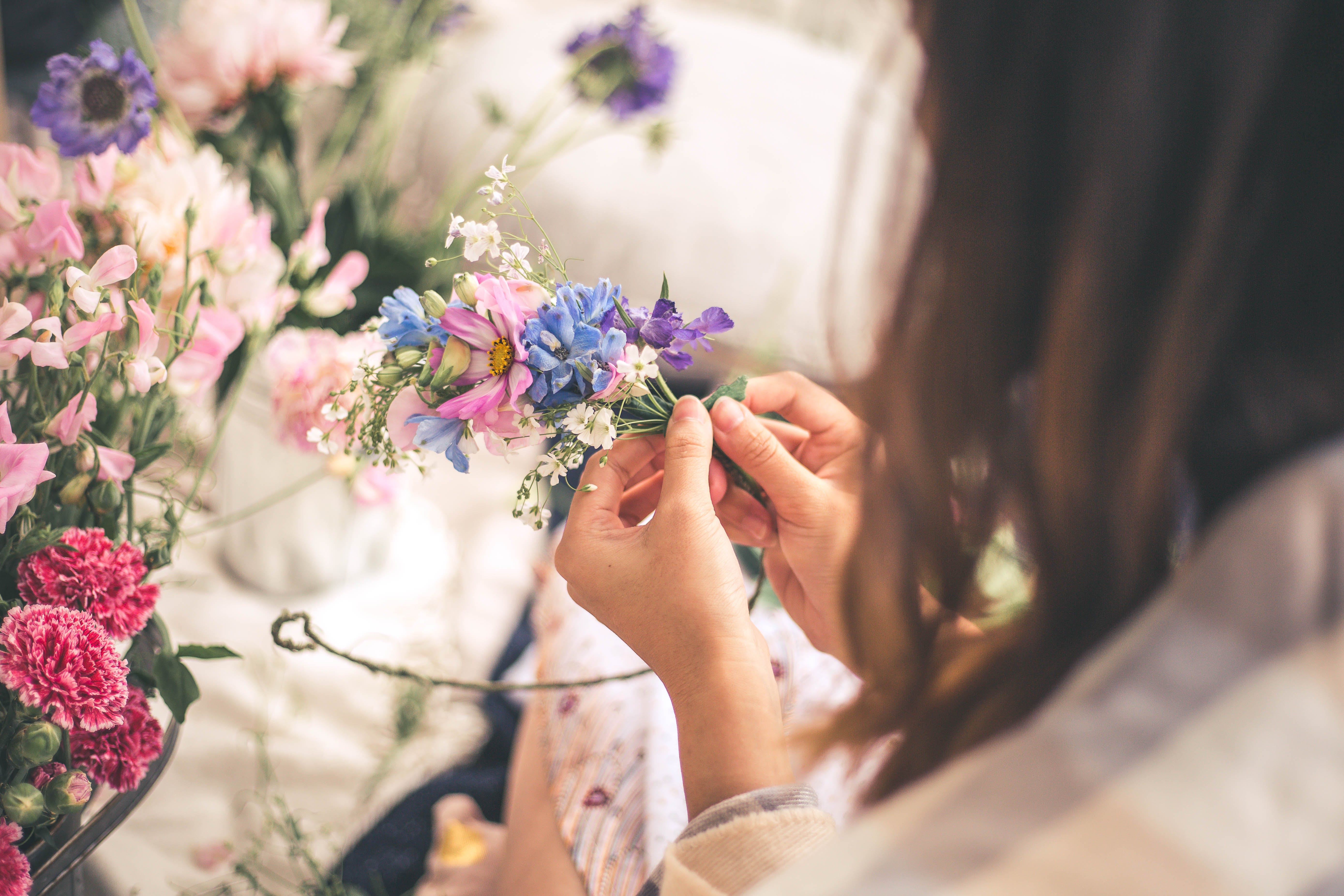 Summer Flower Crown Workshop - Accommodation Melbourne