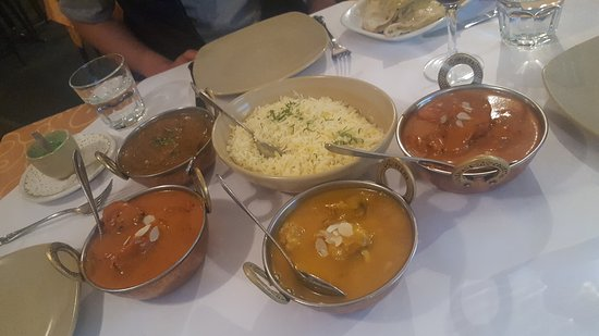 Tandoori  Curry Club - Accommodation Melbourne