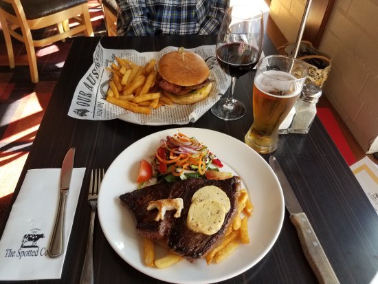 The Spotted Cow - Accommodation Melbourne