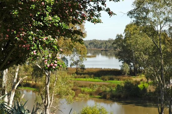 Lake Moodemere Estate - Accommodation Melbourne