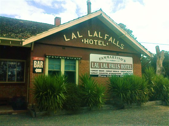 Lal Lal Falls Hotel - Accommodation Melbourne