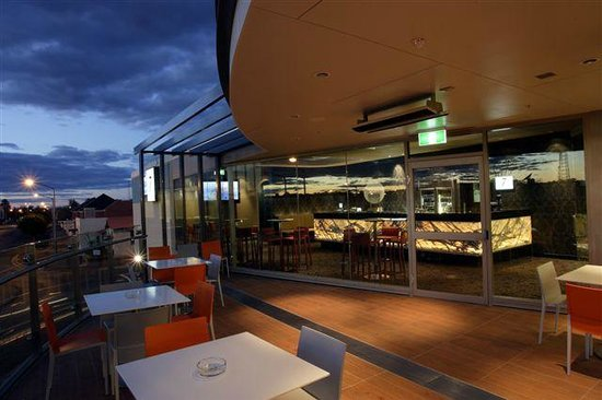 One7Eight Dining  Bar - Accommodation Melbourne