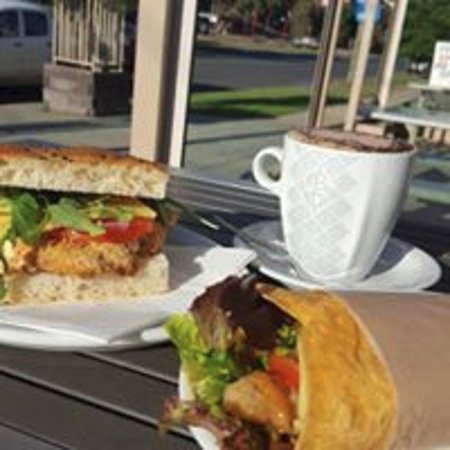Deniliquin Bakery - Accommodation Melbourne