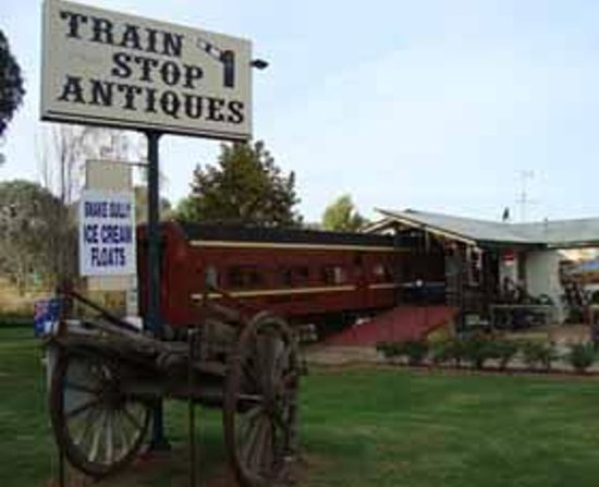 Train Stop Antiques - Accommodation Melbourne
