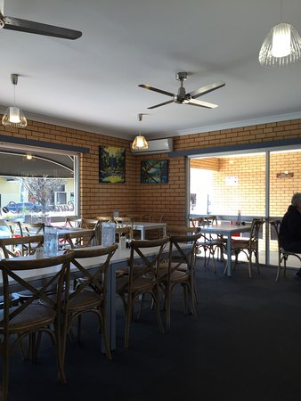 Cardian's Coffee Lounge - Accommodation Melbourne