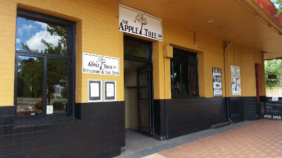 The Apple Tree Inn - Accommodation Melbourne