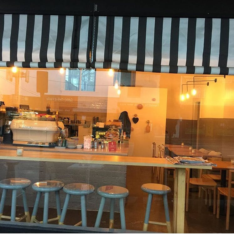 Cafe El Beso - Accommodation Melbourne