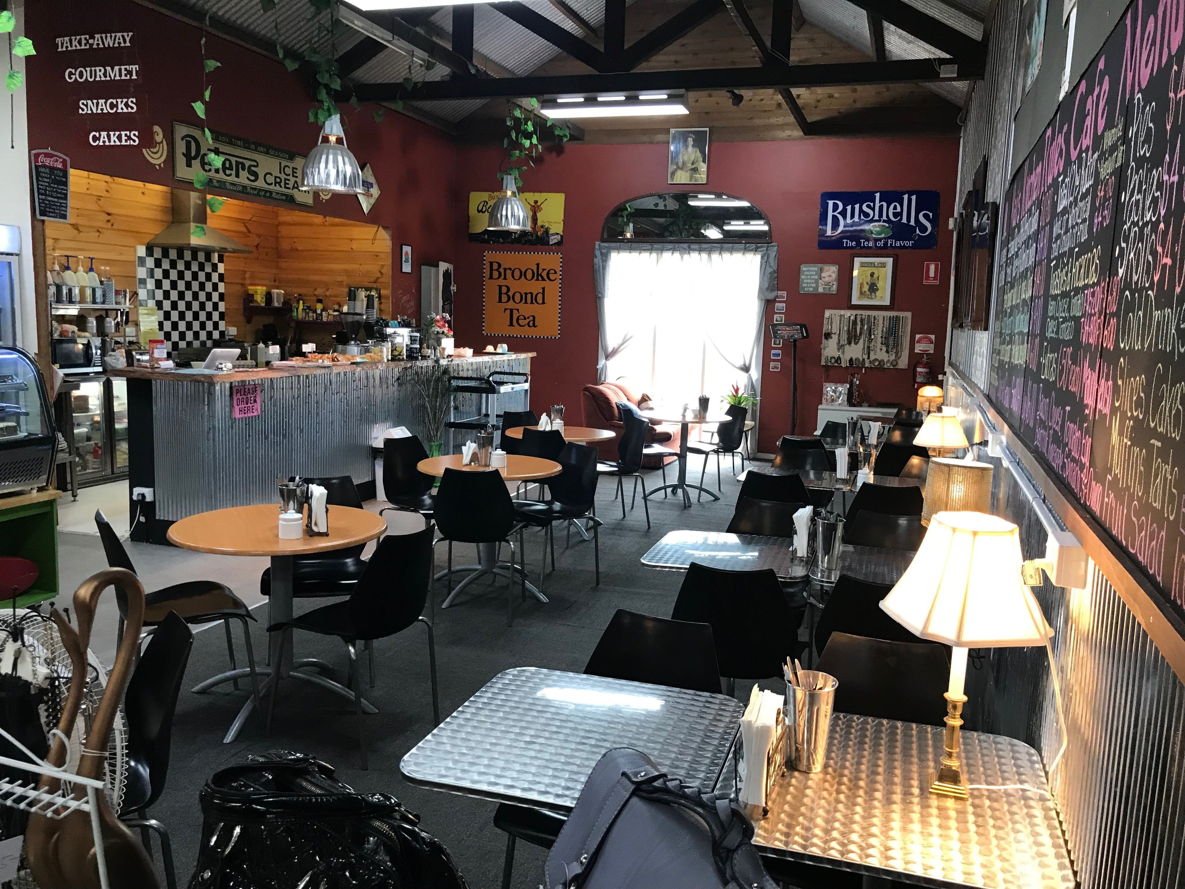 Mai's Kitchen Rules Cafe - Accommodation Melbourne