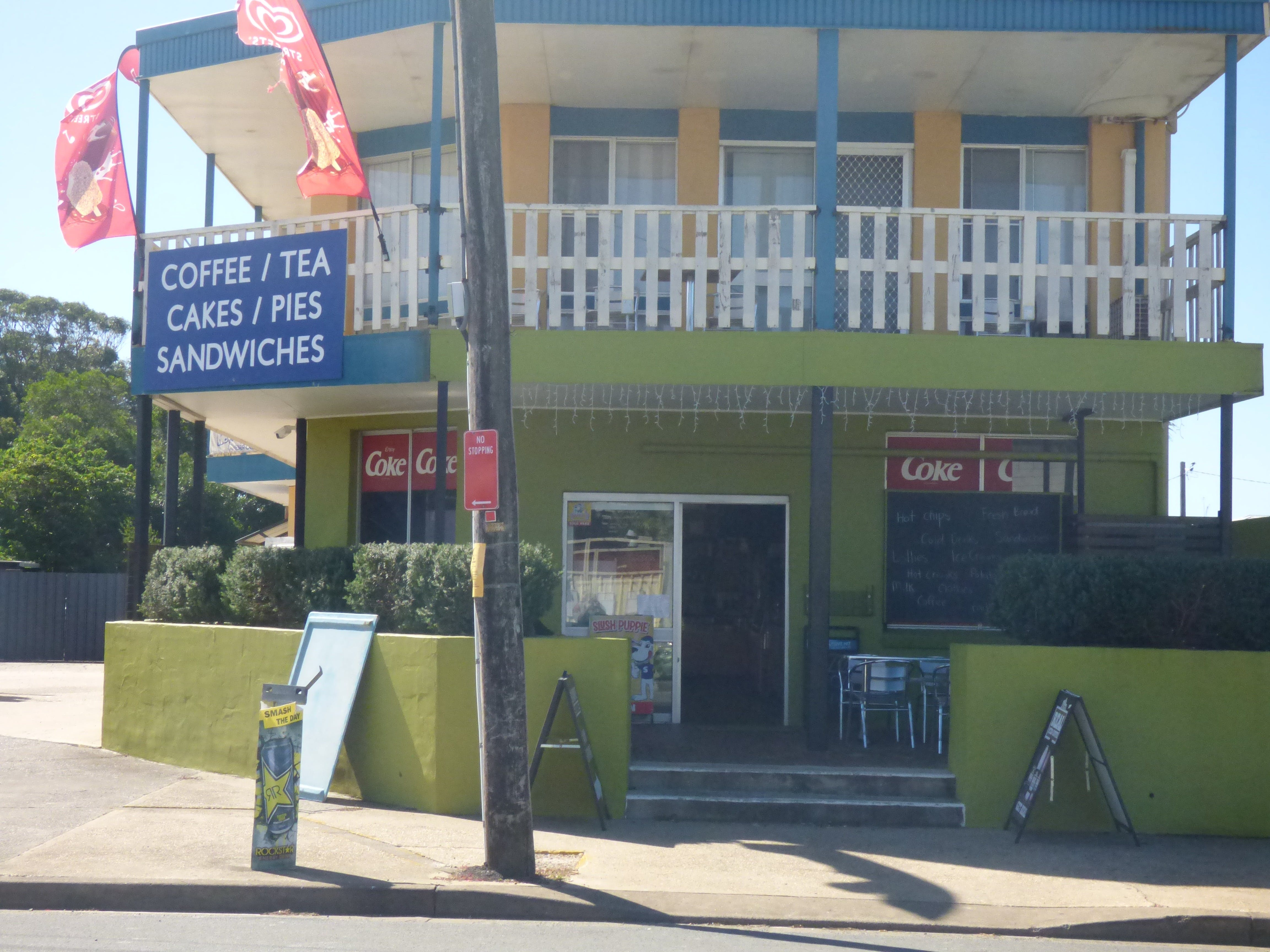 The Point Cafe and Takeaway - Accommodation Melbourne