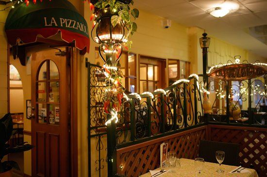 La Pizzaiola - Accommodation Melbourne