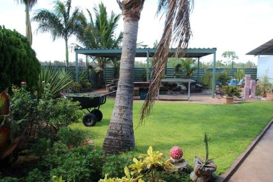 Devils Marbles Hotel - Accommodation Melbourne