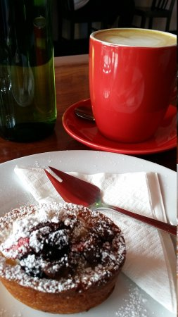 Hawker Street Cafe - Accommodation Melbourne