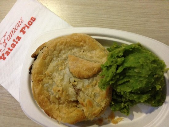 Yatala Pie Shop - Accommodation Melbourne