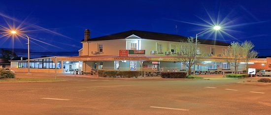 Grand Old Crow Hotel - Accommodation Melbourne
