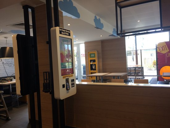 McDonald's Glenmore - Accommodation Melbourne