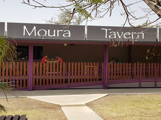 Moura Tavern - Accommodation Melbourne