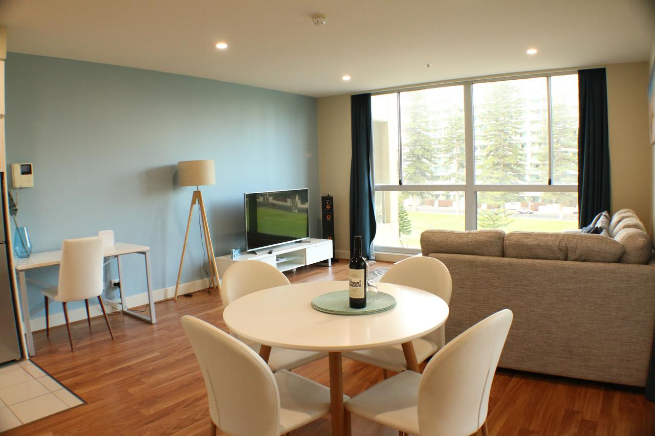 Beachside Luxury 2 Bedroom Getaway - Accommodation Melbourne