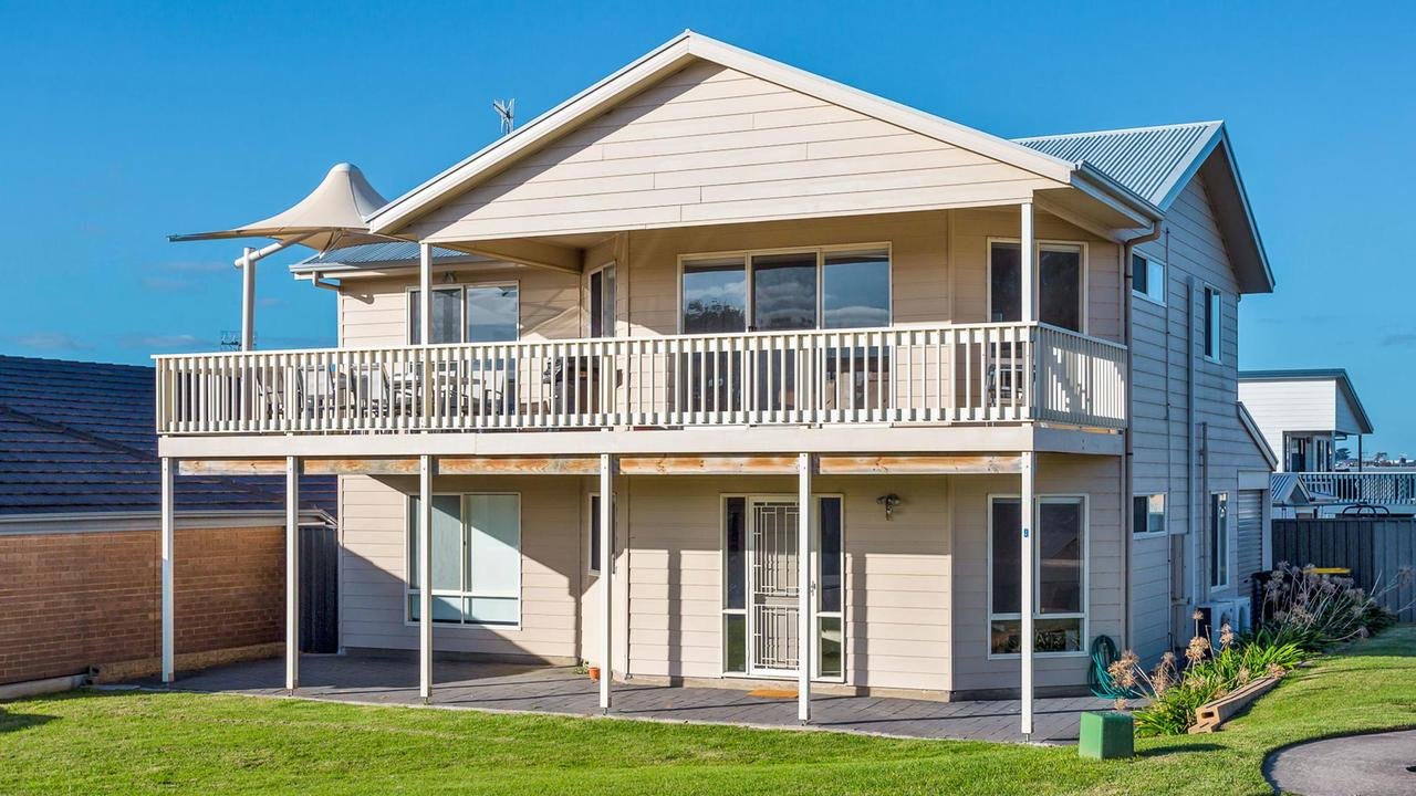 Rocks Beach House Victor Harbor - Accommodation Melbourne