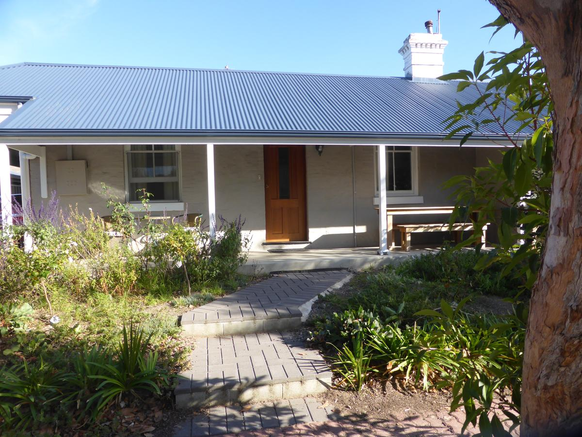 Penzance Cottage - Accommodation Melbourne