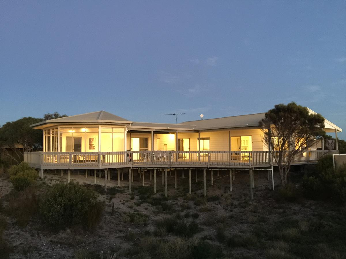 White Sands Holiday Retreat - Accommodation Melbourne