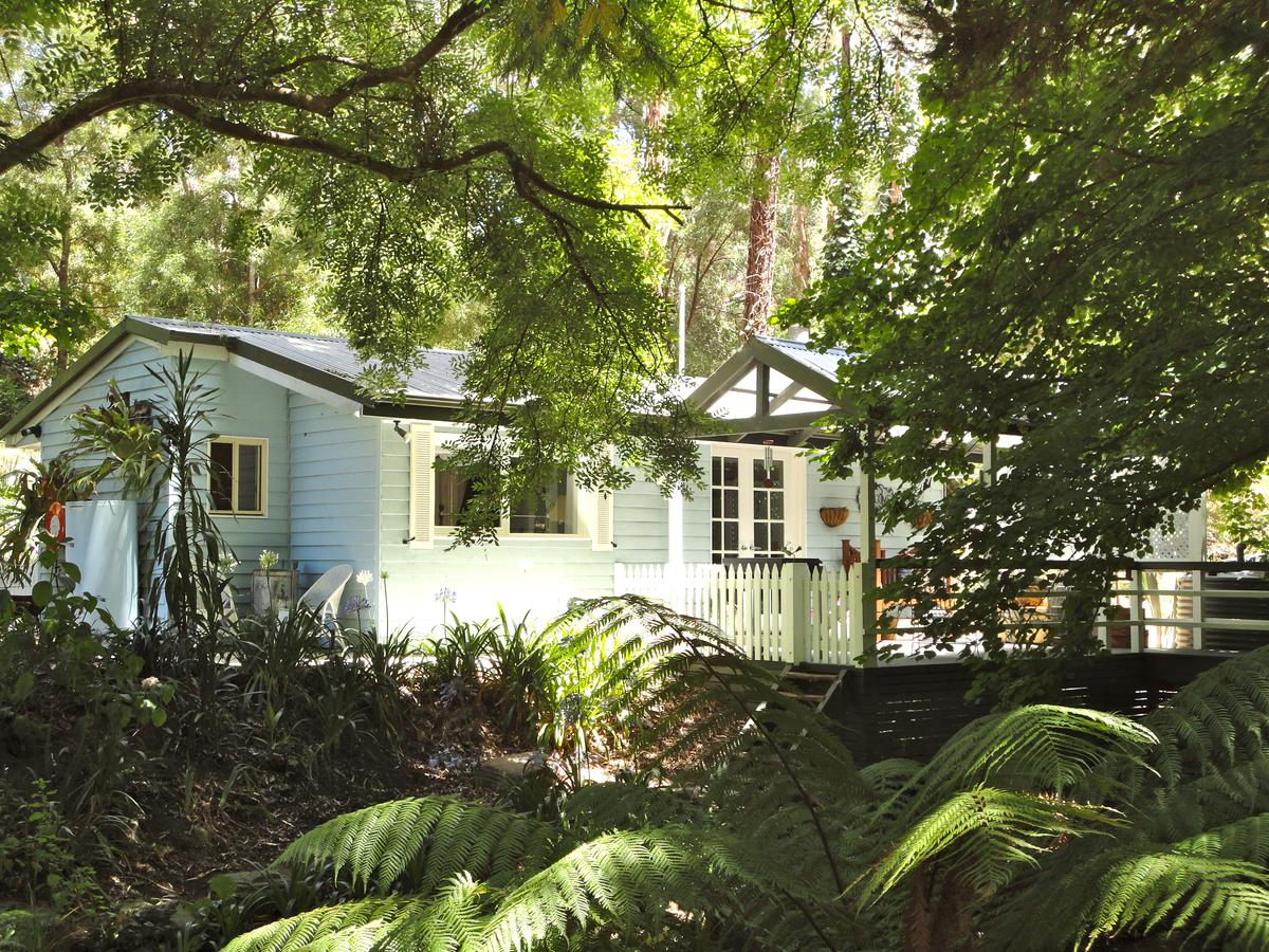 Aldgate Valley Bed and Breakfast - Accommodation Melbourne