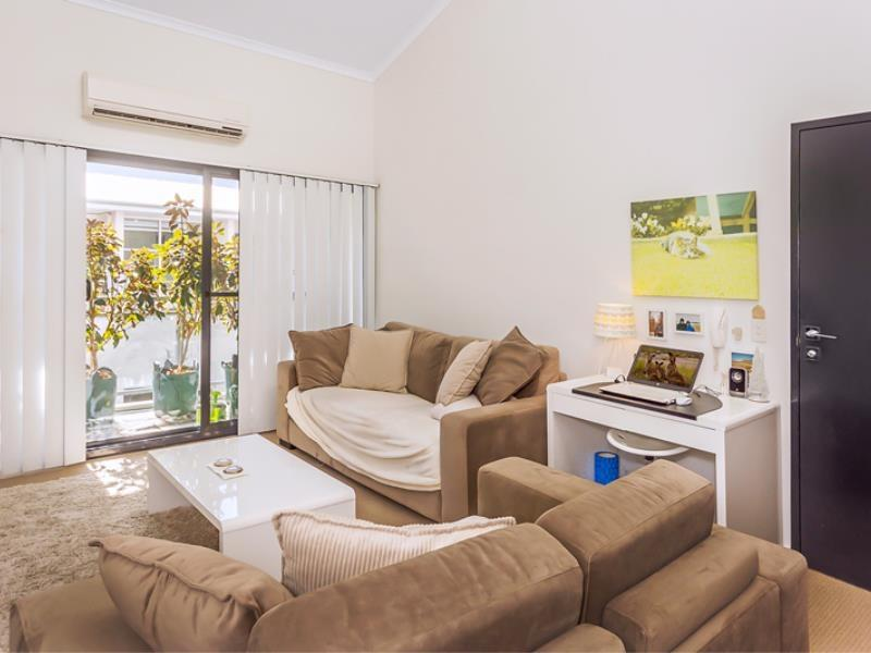Home Apartment - Perth City Centre - Free WiFi - Accommodation Melbourne