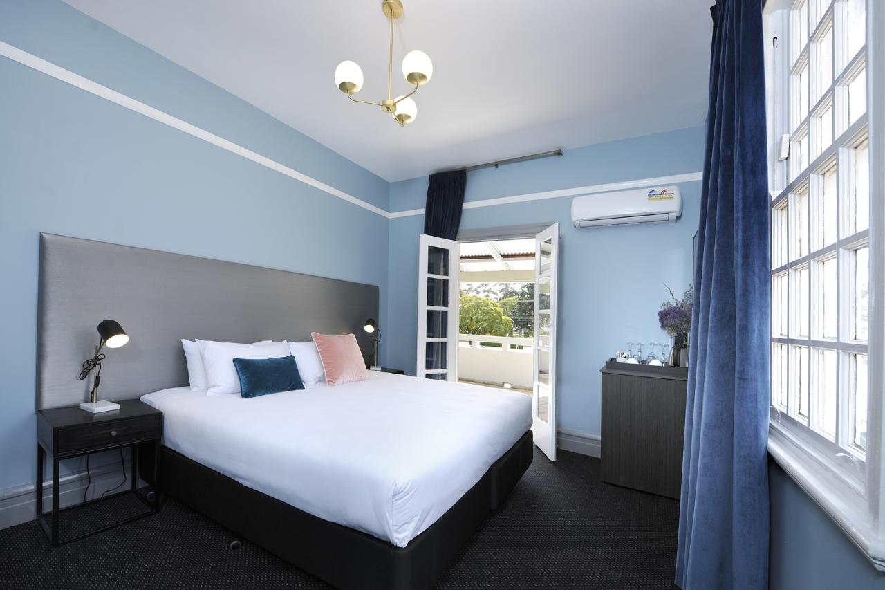 The Stirling Arms Hotel - Accommodation Melbourne
